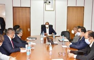 Pre-budgetary Consultations: The Minister of Finance meets with the private sector